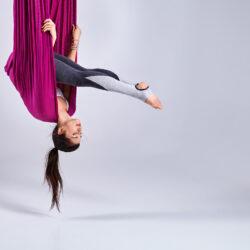 Aerial Yoga im Oktober & November